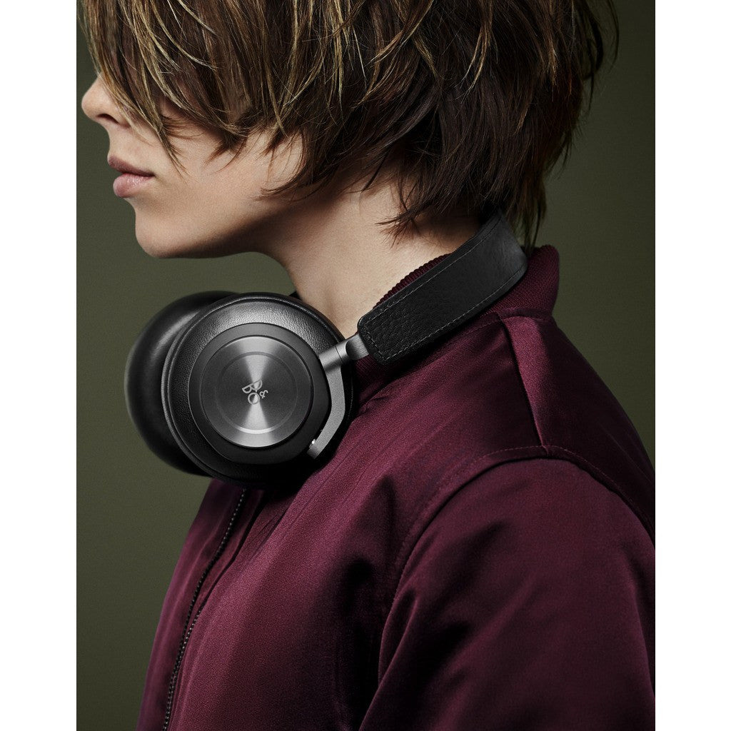 Bang & Olufsen BeoPlay H7 Over-Ear Wireless Bluetooth Headphones | Black