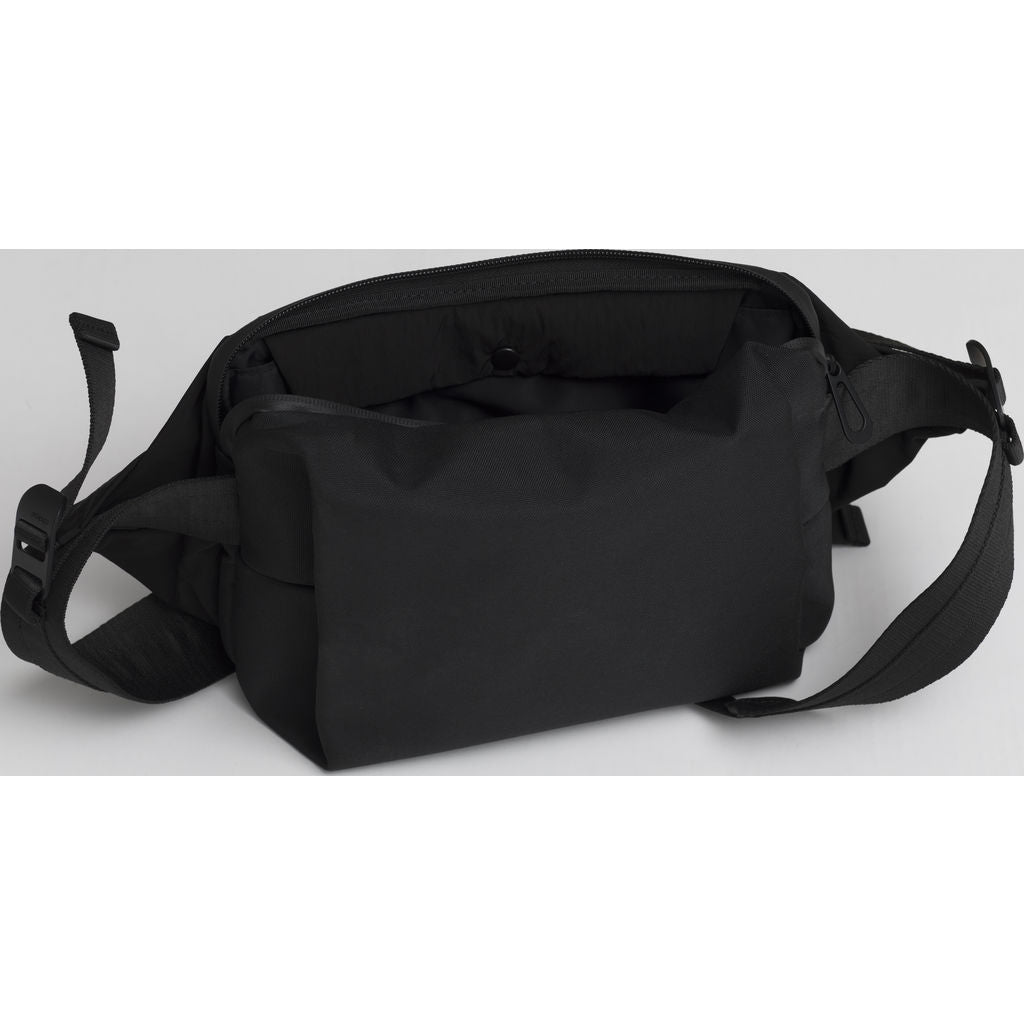 Cote & Ciel Isarau Memory Tech Sling Bag | Black 28675