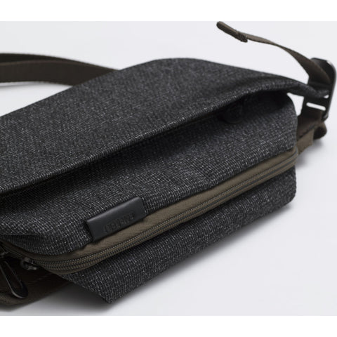 Cote & Ciel Isarau Small Grampian Sling Bag | Grey 28711