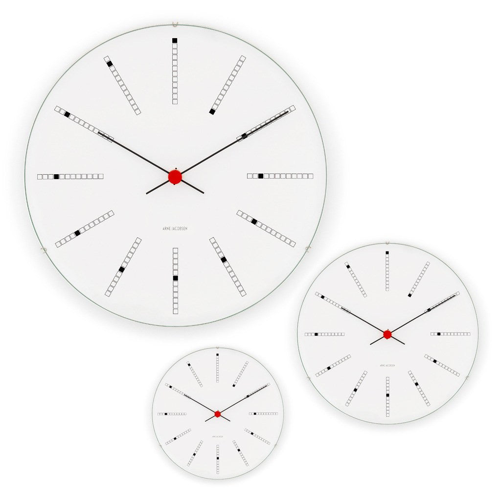 Arne Jacobsen Bankers Clock 210/290/480 | White 43630/43640/43650