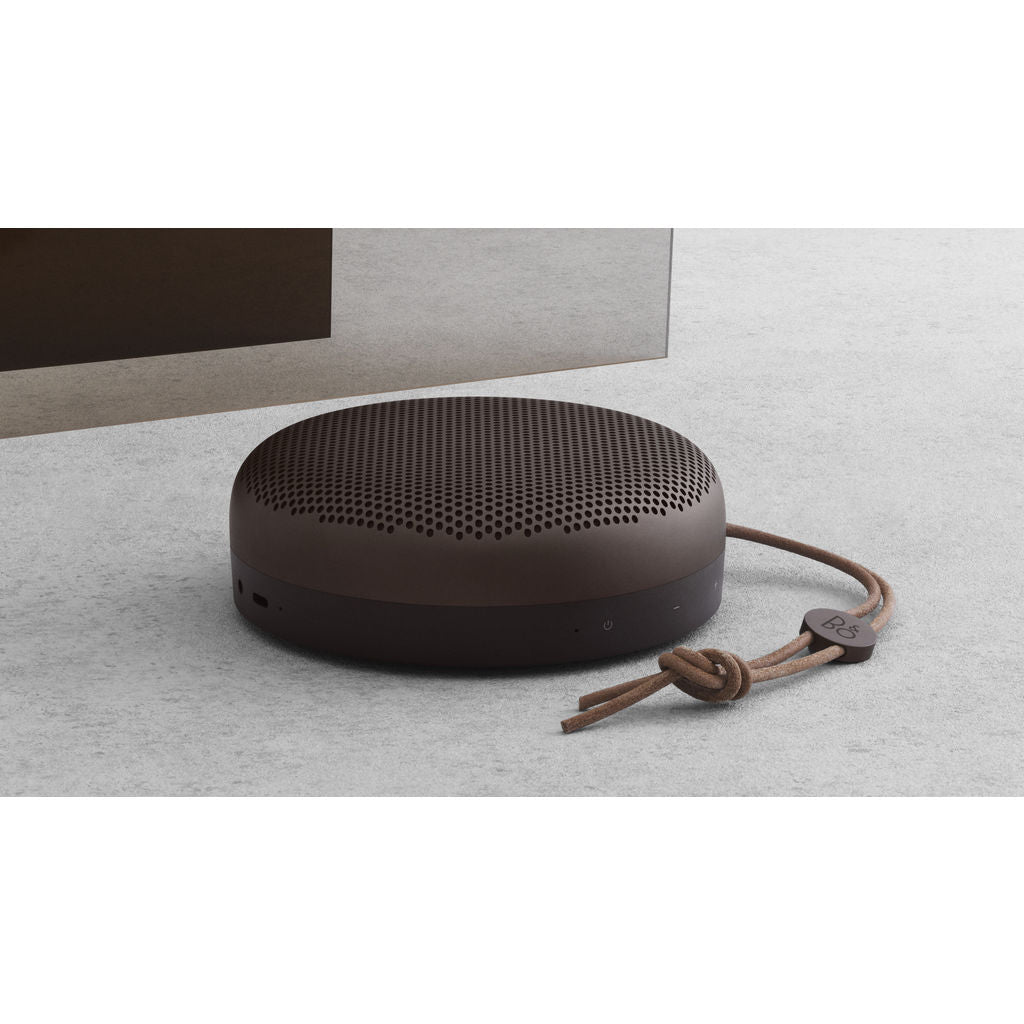 Bang & Olufsen Beoplay A1 Portable Bluetooth Speaker | Umber 1297883