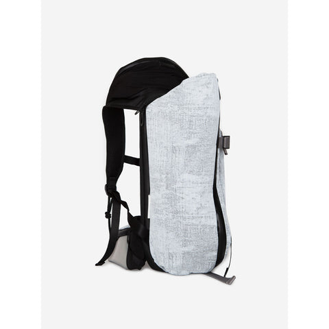Cote & Ciel Ashokan Creased Backpack | Light Grey