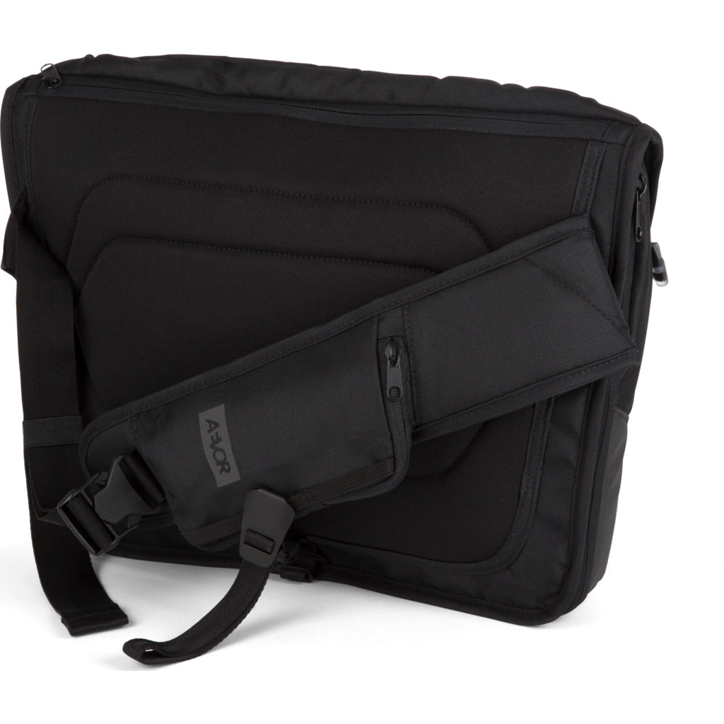 AEVOR Messenger Bag | Black Eclipse