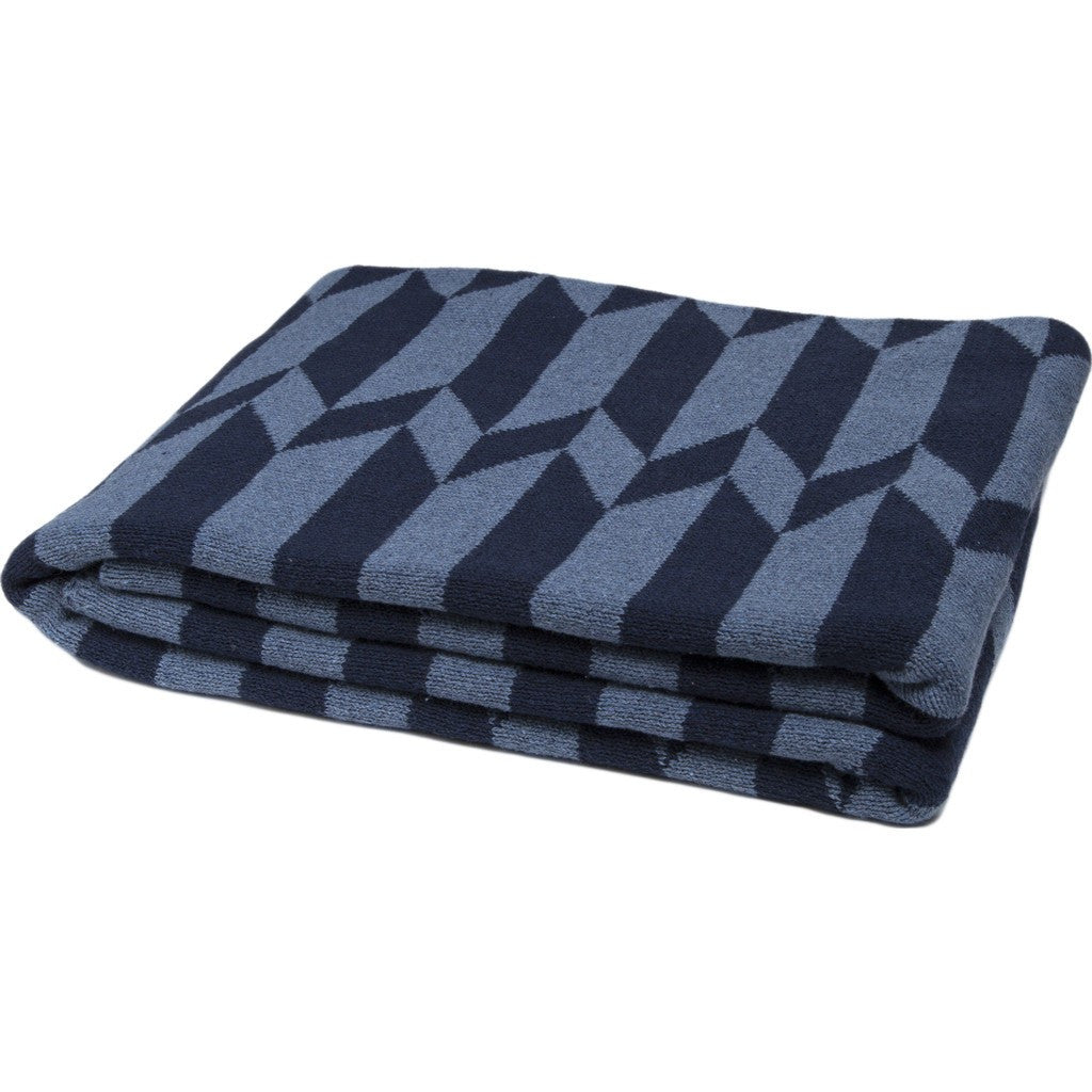 in2green Chevron Stripe Reversible Eco Throw | Chambray/Marine BL02RCS4