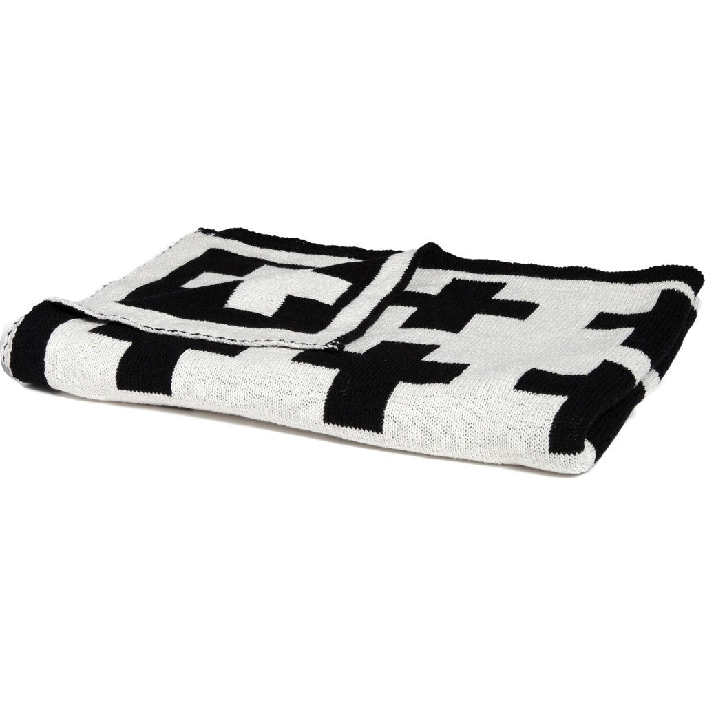 in2green Baby Swiss Cross Reversible Eco Throw | Black/Milk BB02RSWC1