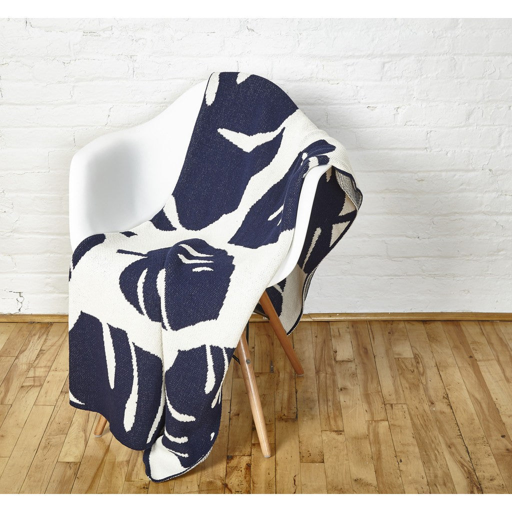 in2green Big Leaf Eco Throw | Milk/Marine BL01BL2