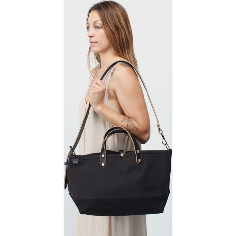 Joshu+Vela Medium Boat Tote | Black