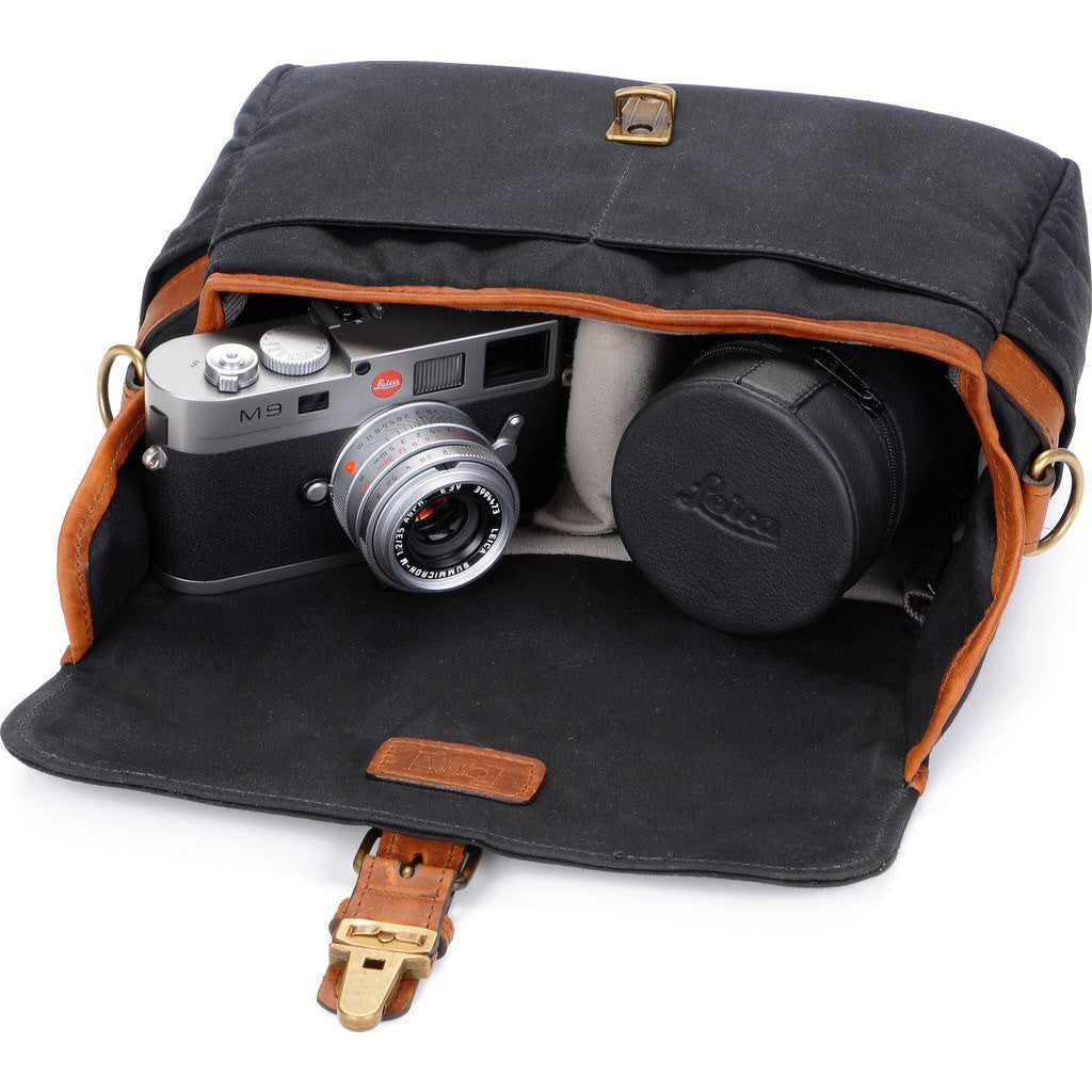 ONA Bowery Camera Sling Bag | Black ONA5-014BL