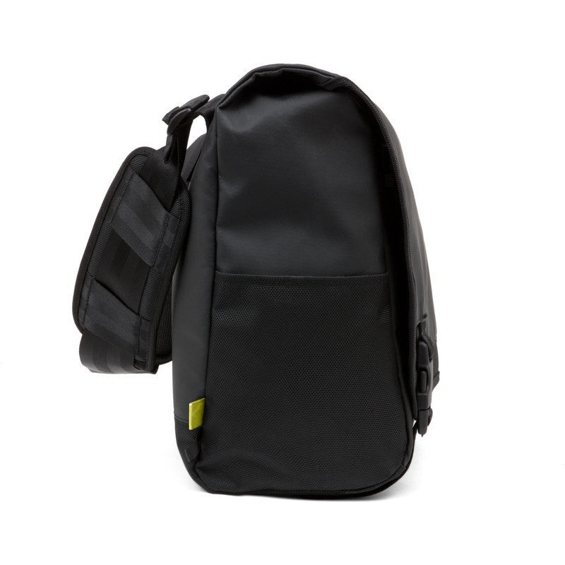 Incase Range Large Laptop Messenger | Black/Lumen CL55539