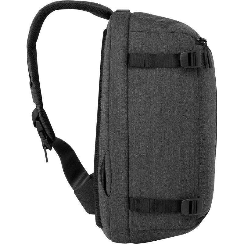 Incase DSLR Pro Camera Bag Sling Pack | Black CL58060