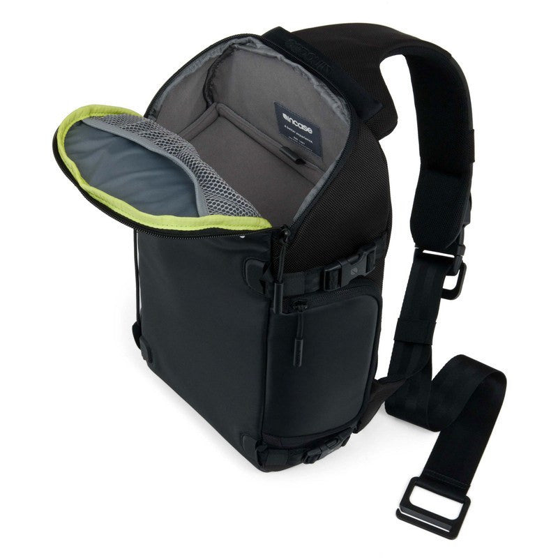 Incase Sling Pack for GoPro Hero/2/3/3+/4 | Black/Lumen CL58083