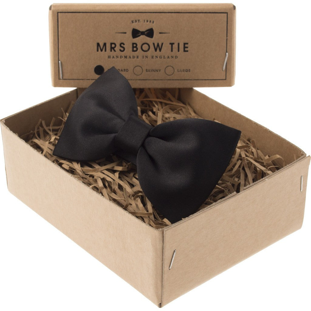 Mrs Bow Tie Satin Ready-Tied Bow Tie | Black CLAS102