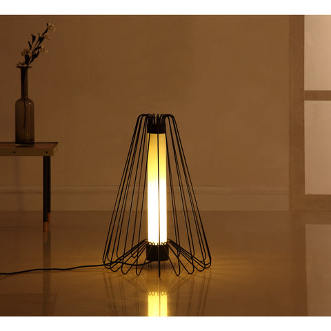 Camino Fernando Floor Lamp | Black