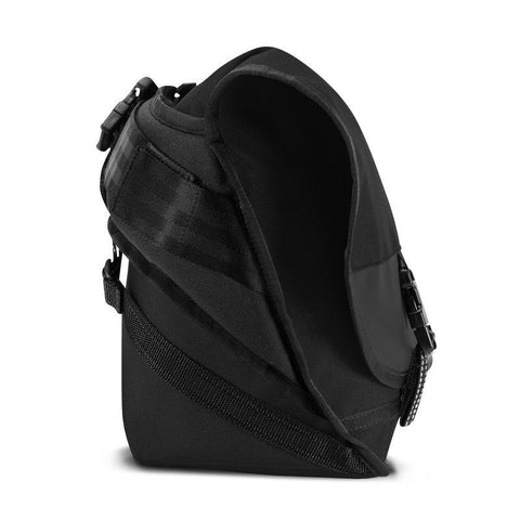 Chrome Citizen Left-Handed Messenger Bag | Black/Black/Black