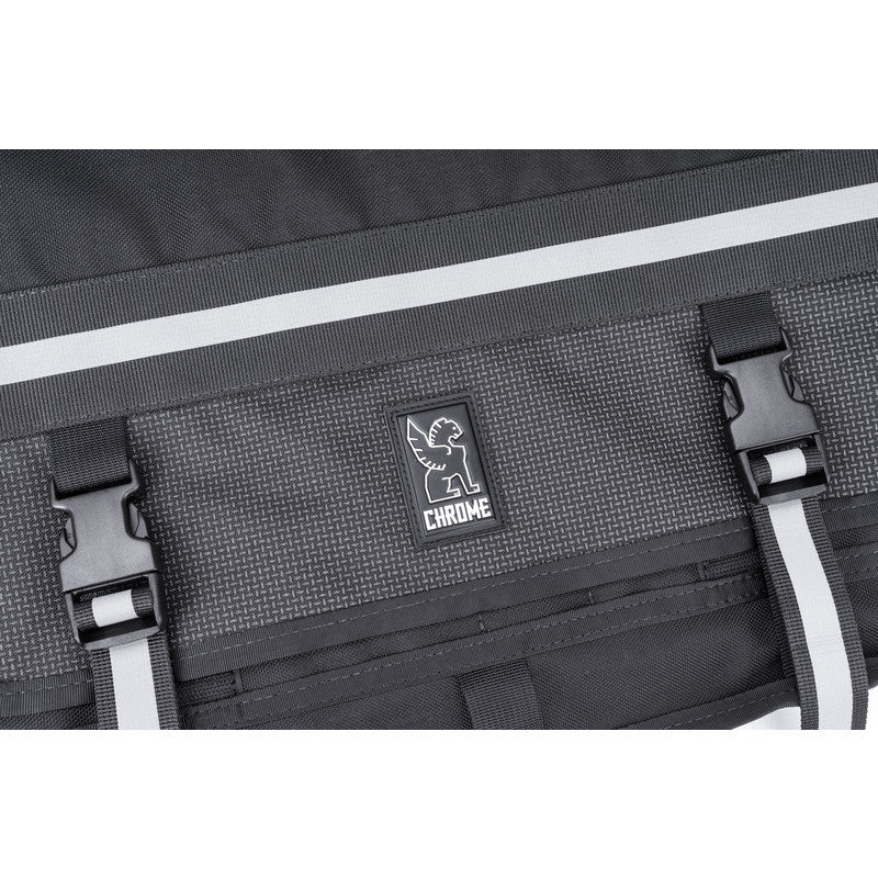 Chrome Citizen Messenger Bag | Night
