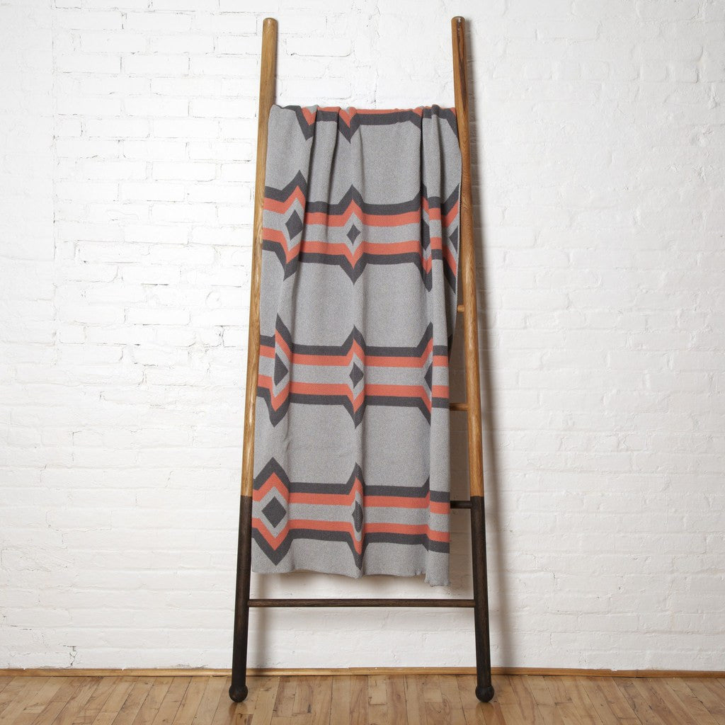 in2green Serape Eco Throw | Aluminum/Smoke/Coral BL01SP34