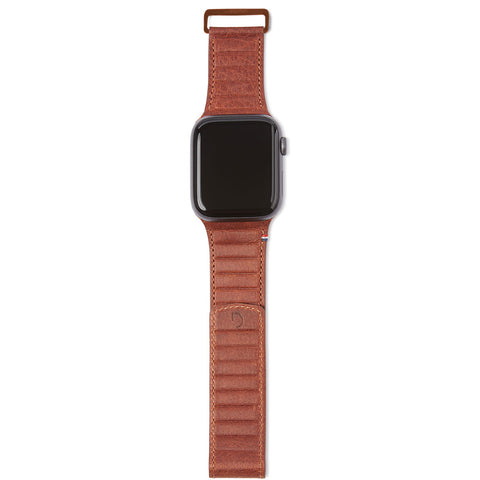 decoded-leather-magnetic-traction-apple-watch-strap-42mm-44mm