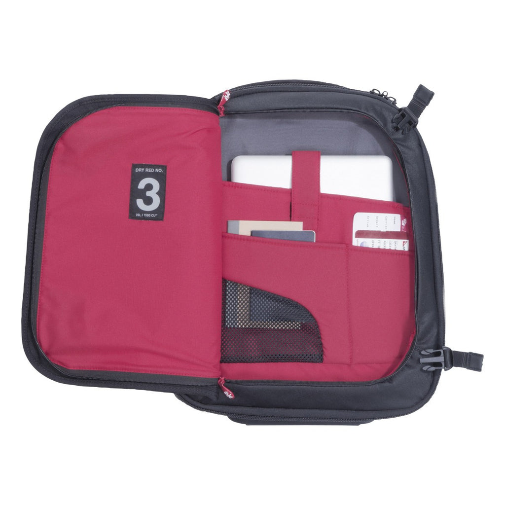 Crumpler Dry Red No 3 47cm Luggage Bag | Black DR3003-B00T47