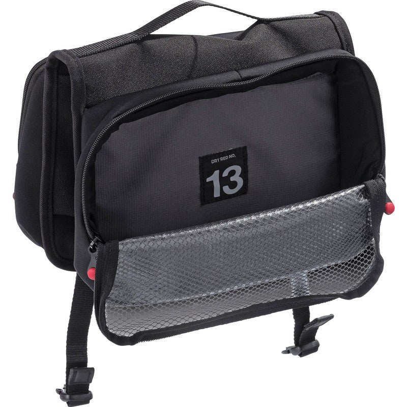 Crumpler Dry Red No 13 Dopp Kit | Black DRH001-B00000
