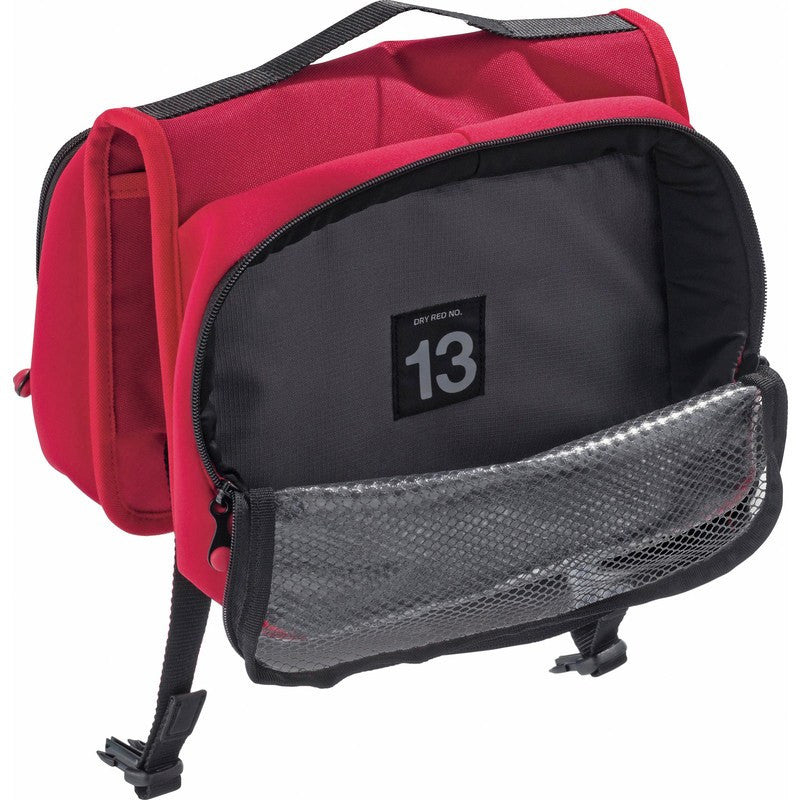 Crumpler Dry Red No 13 Dopp Kit | Red DRH001-R00000
