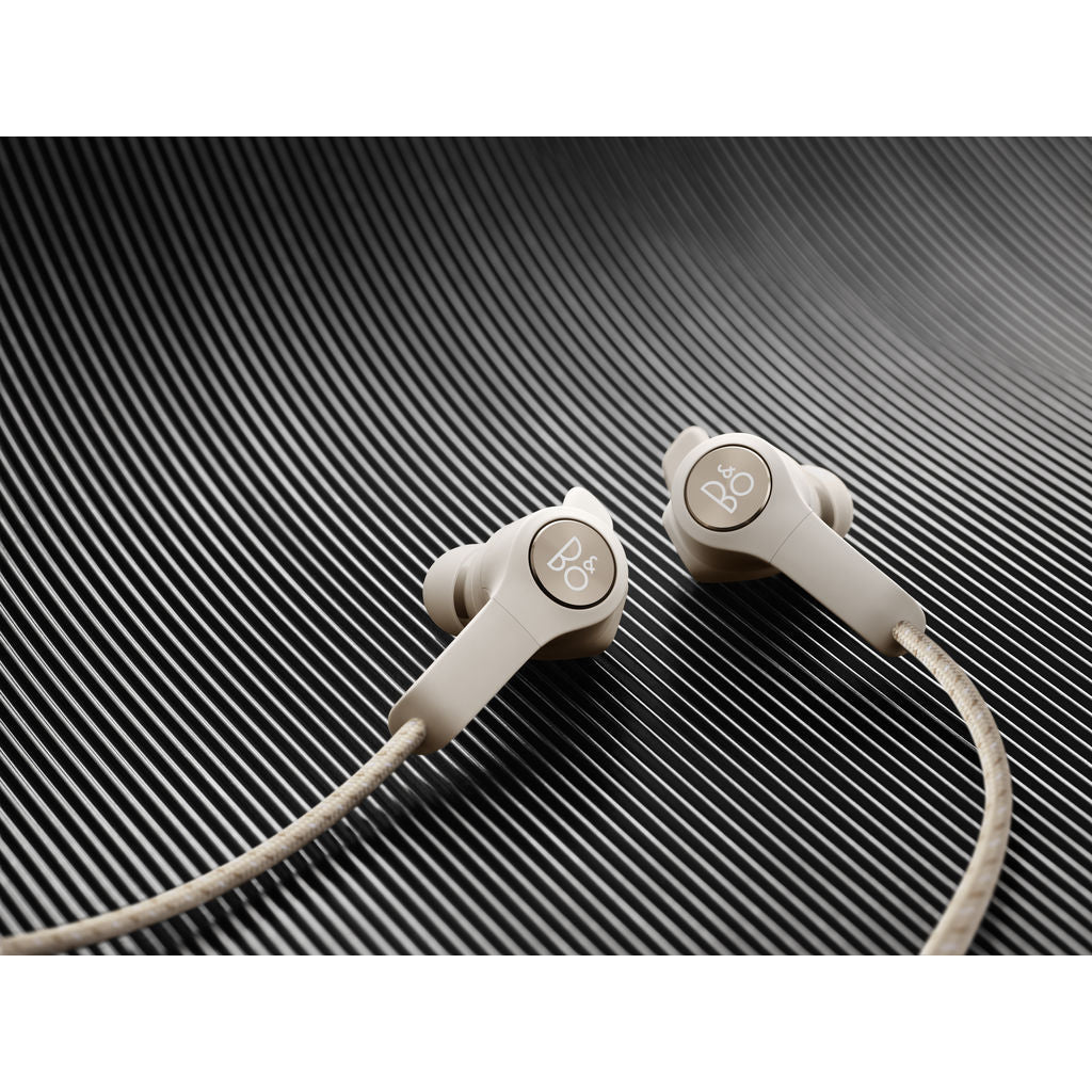 Bang & Olufsen Beoplay E6 Wireless In-Ear Headphones | Sand 1645301