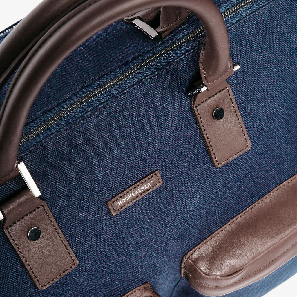 Hook & Albert Twill Garment Weekender | Navy GWBTWL-NVY-OS