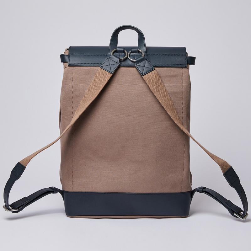 Sandqvist Hege Backpack - Earth Brown with Navy Leather SQA1227