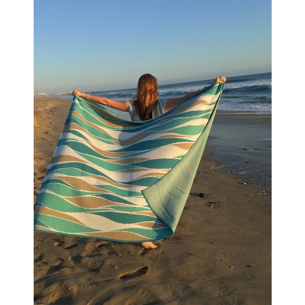in2green Breakers Poly Eco Throw | Teal/Emerald/Water/White POLY-BR03