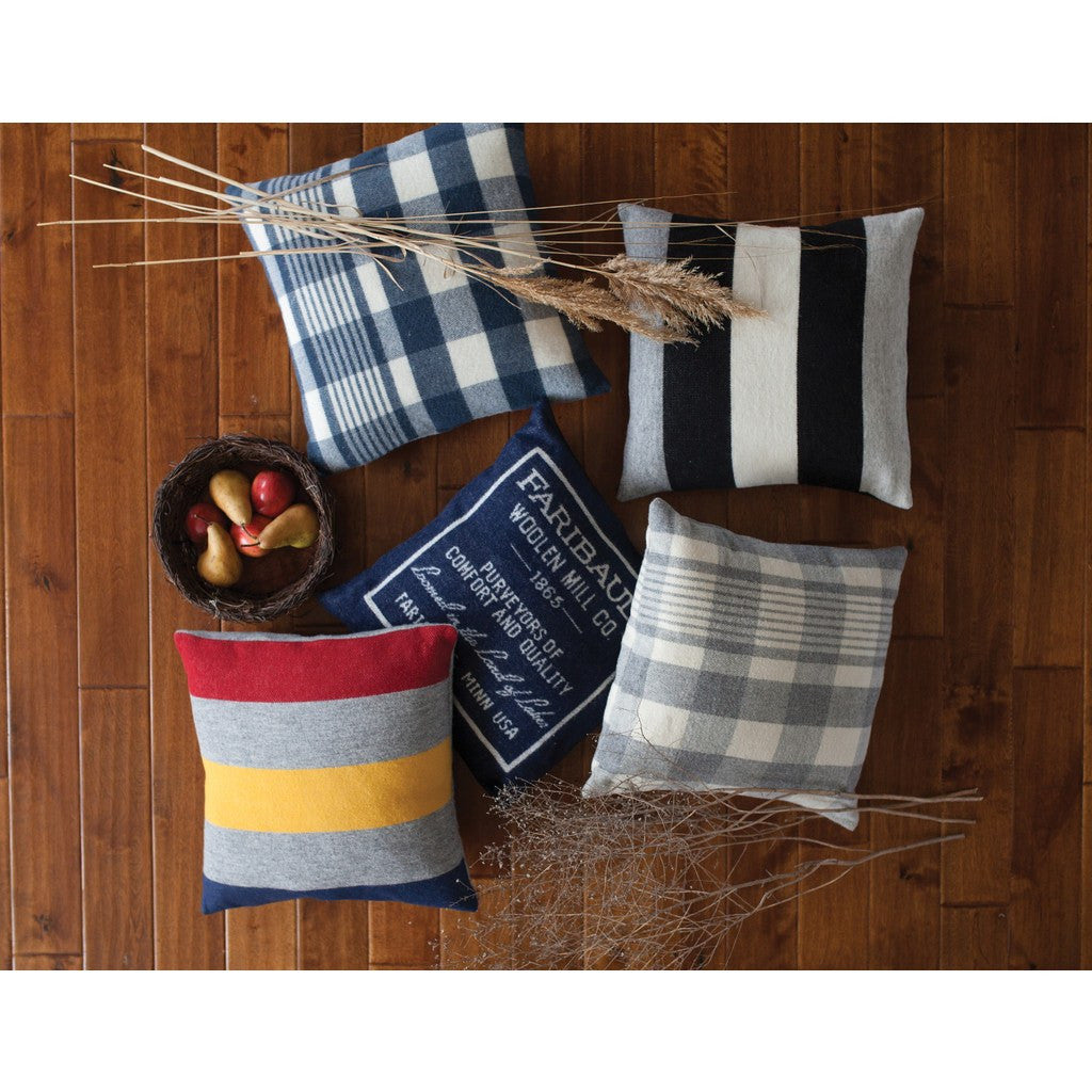 Faribault Plaid Pillowcase | Navy/Natural 19089 20x20