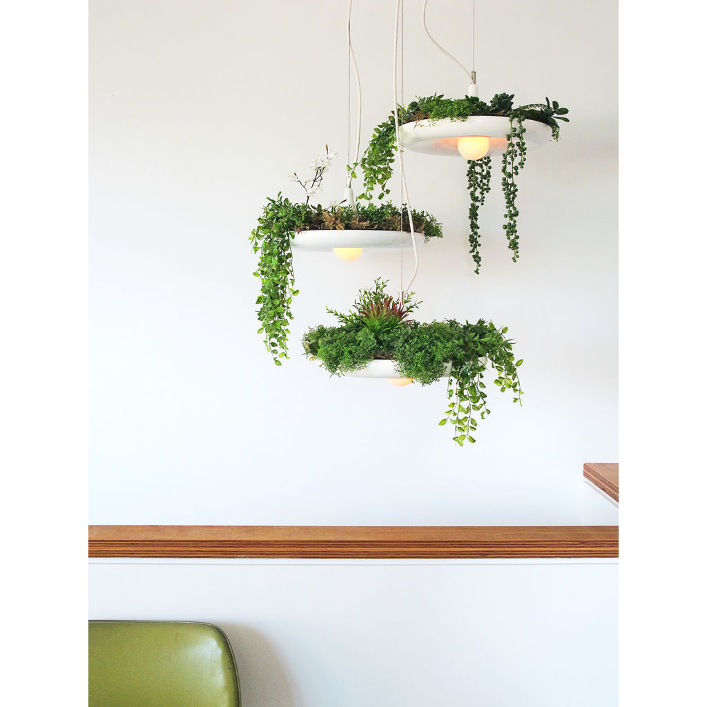 Object/Interface Cluster Canopy Planter Light Connector | White CC3-W