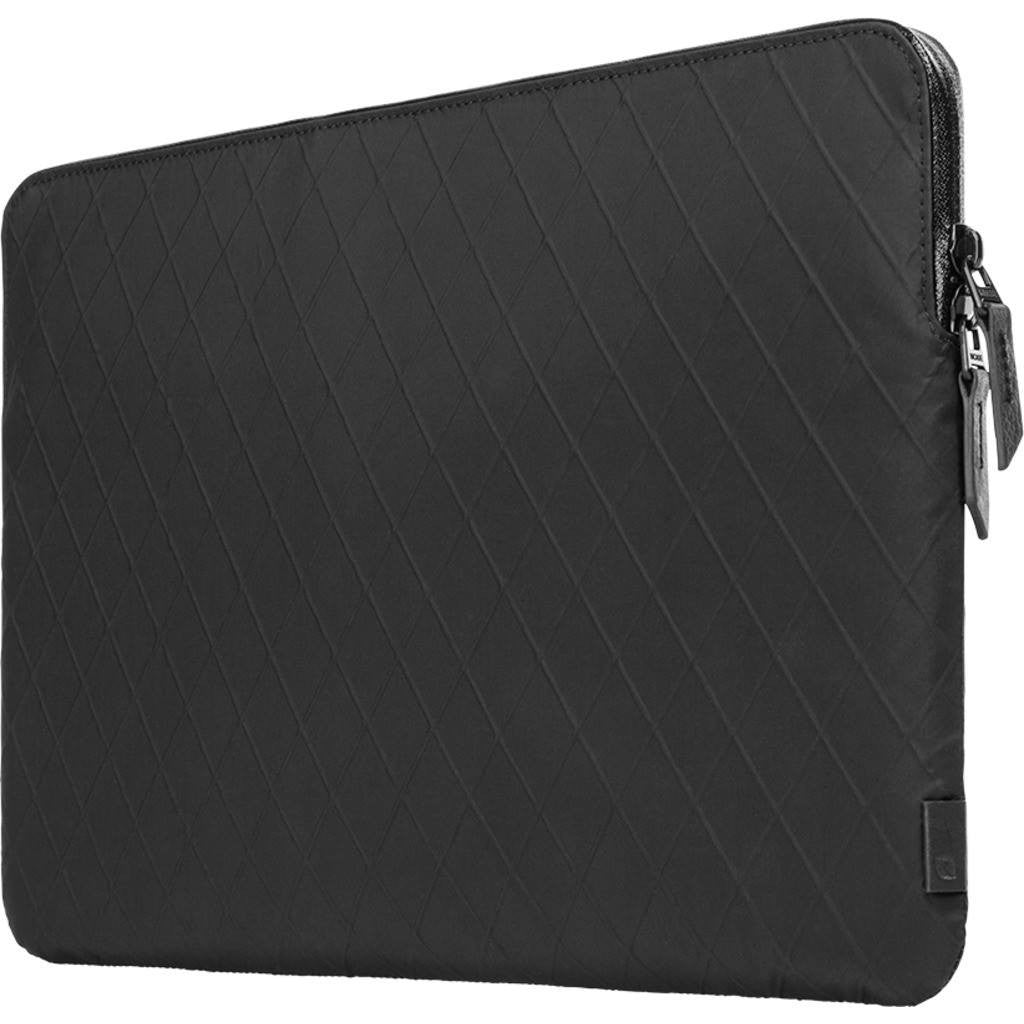 Incase Diamond Wire Slim Sleeve for MBR 15"
