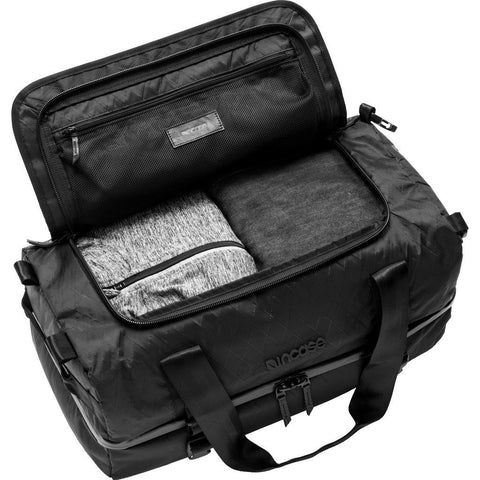 Incase Diamond Wire TRACTO Split Duffel 40  | Black INTR20074-BLK