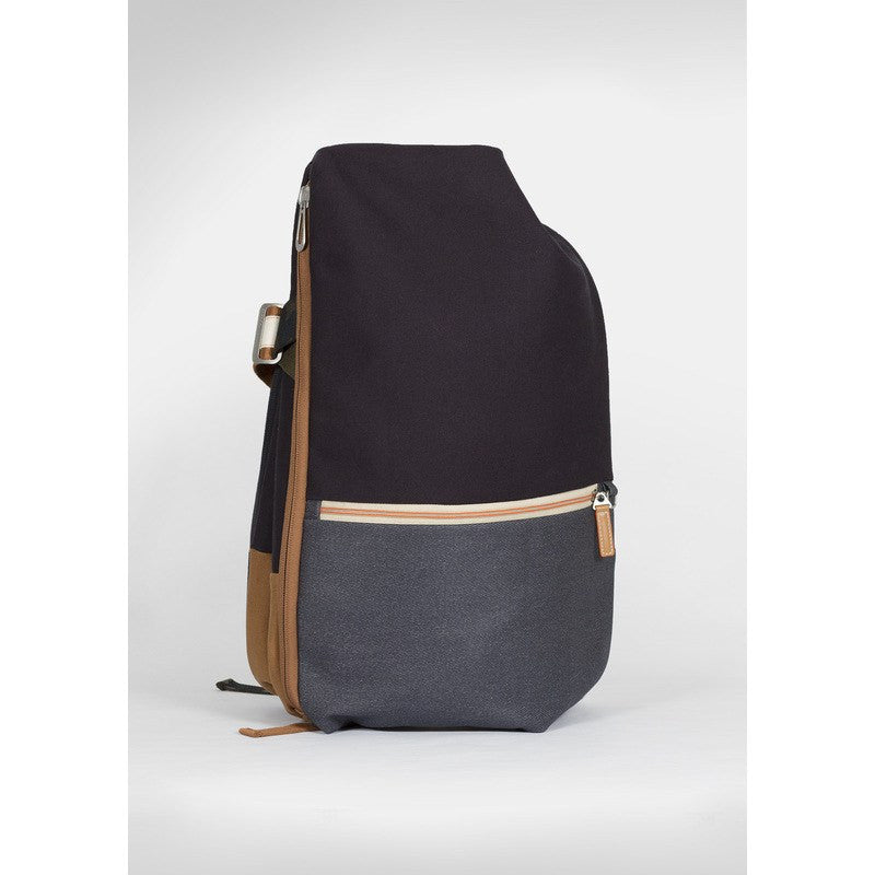 Cote et Ciel Isar Multi Touch Cargo Canvas Backpack | Indigo Blue