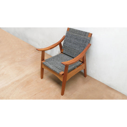 Masaya & Company Izapa Arm Chair Royal Mahogany/Black Manila