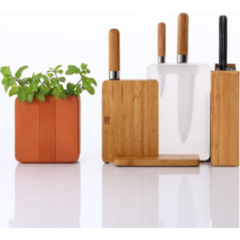 JIA Inc Scenery Bamboo Knife Block