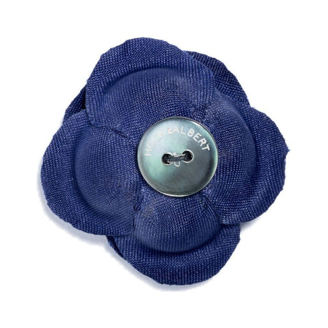 Hook & Albert Colosseum Large Buttercup Lapel Flower | Blue LFBSL15F-NVY-OS
