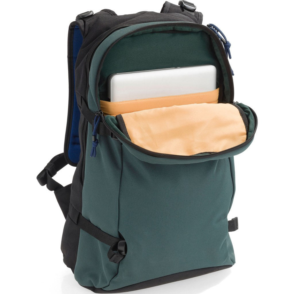 Crumpler LLA 3 Day Pack Backpack | Fence Post Green LLE002-G16150