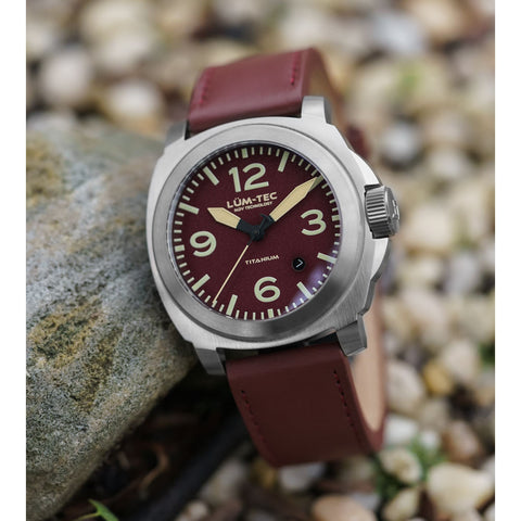 Lum-Tec M77 Titanium Watch | Leather Strap