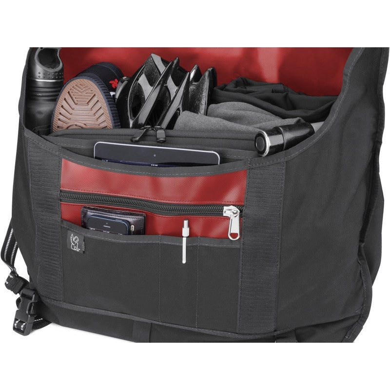 Chrome Metropolis Messenger Bag | Black/Red