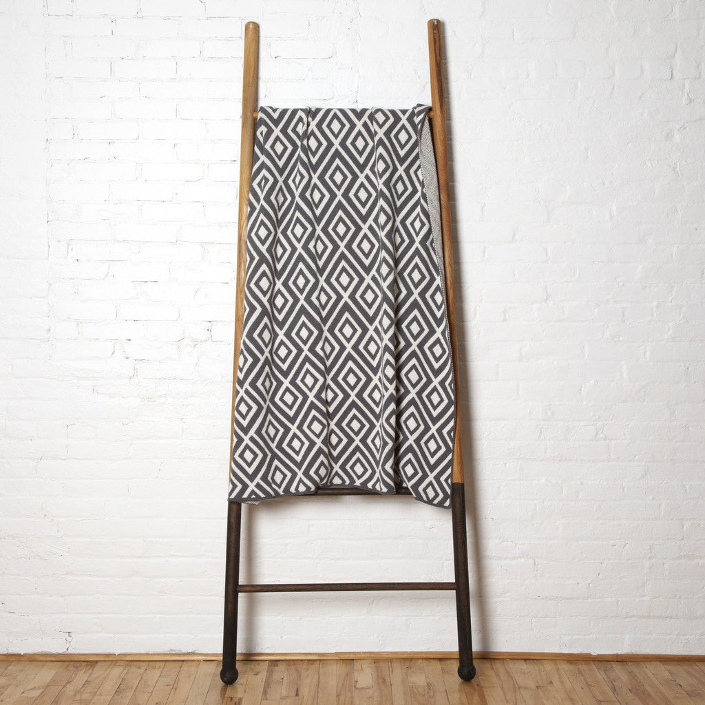 in2green Mod Square Eco Throw | Smoke BL01MSQ3