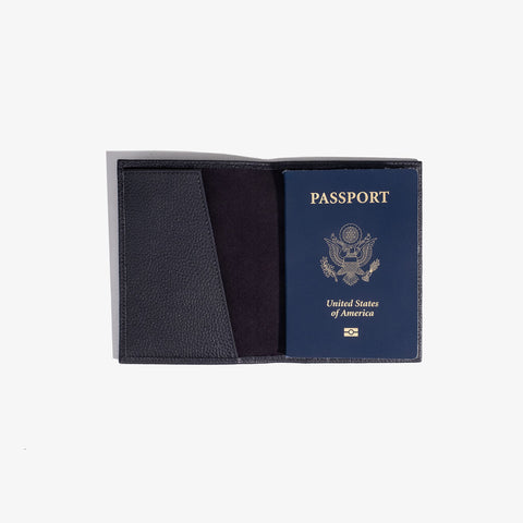 Hook & Albert Passport Leather Case| Black PPC-LTH-BLK