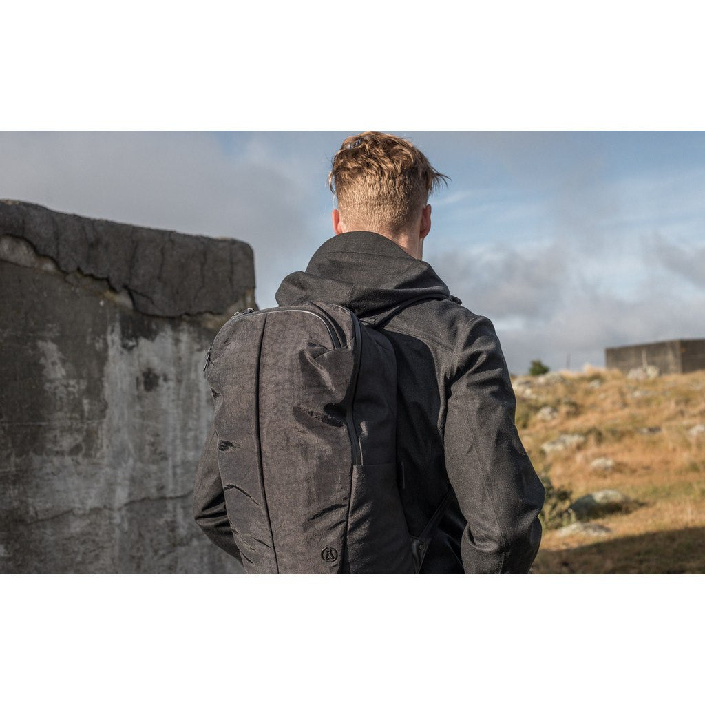 Alchemy Equipment AEL013 Minimalist Daypack | Black Marble