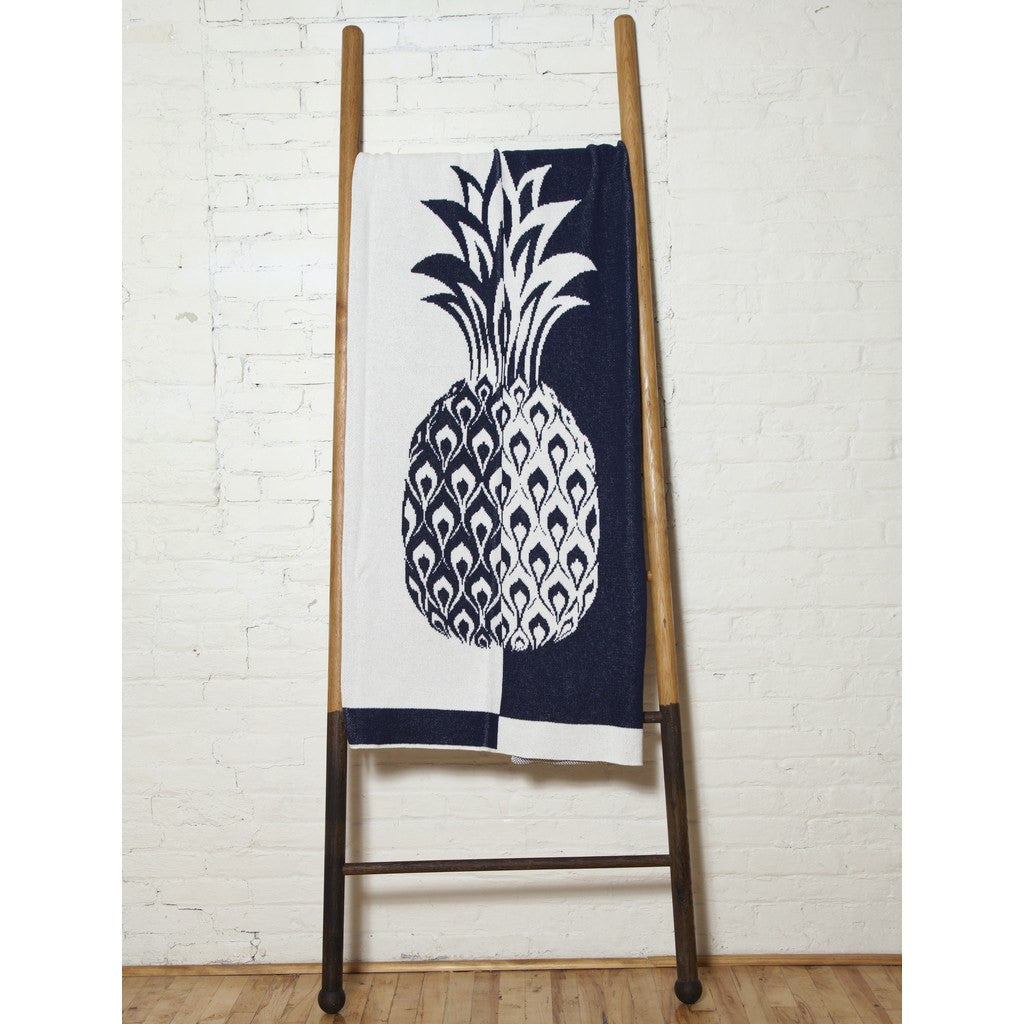 in2green Split Pineapple Eco Throw | Marine/Milk BL01RSP1