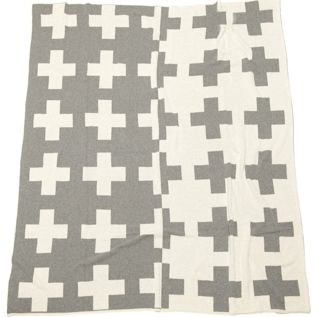 in2green Swiss Cross Split Reversible Eco Throw | Aluminum BL01RSWC1