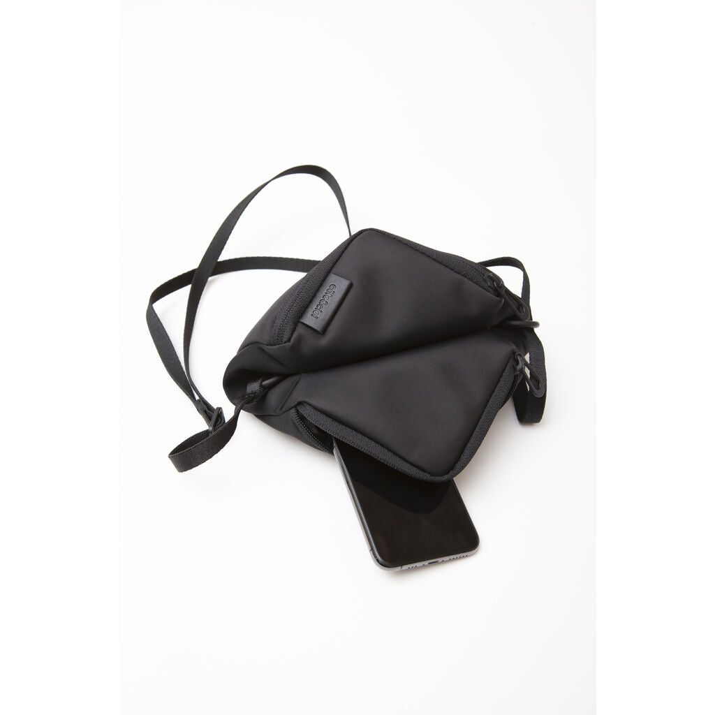 Cote & Ciel Tara M Sleek Crossbody Bag | Black