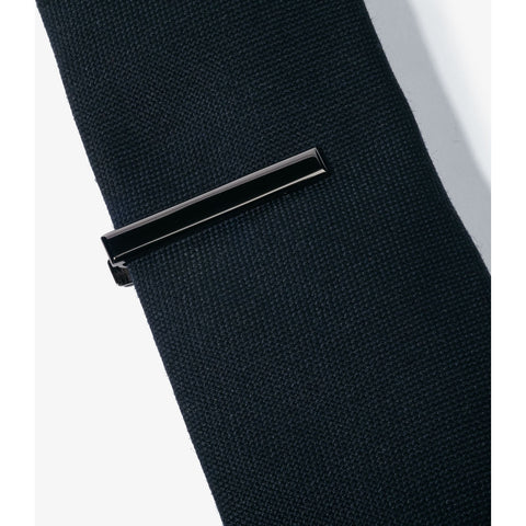 Hook & Albert Beveled Edge Tie Bar | Black TBBES-GUN-OS