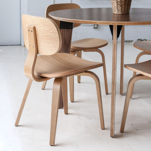 Gus* Modern Thompson Chair SE | Oak ECCHTHSE-on
