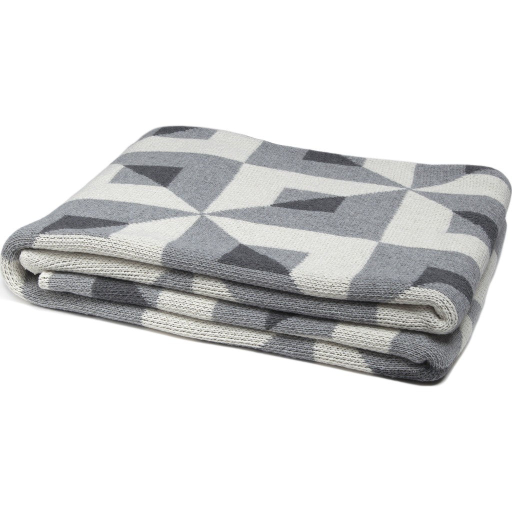 in2green Tile Eco Throw | Aluminum/Smoke BL01TL1