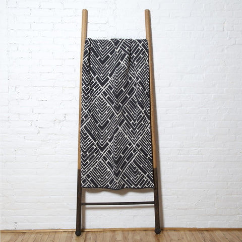Stacy Garcia Trellis Eco Throw | Milk/Charcoal- SG-TR03