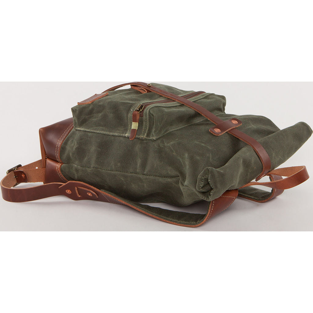 Bradley Mountain Biographer Backpack | Pine